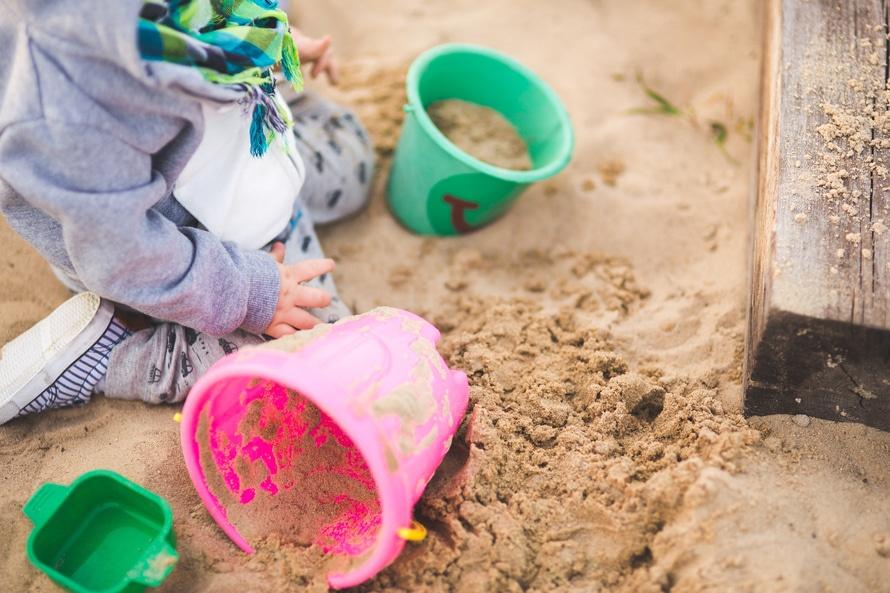 boy-in-sand